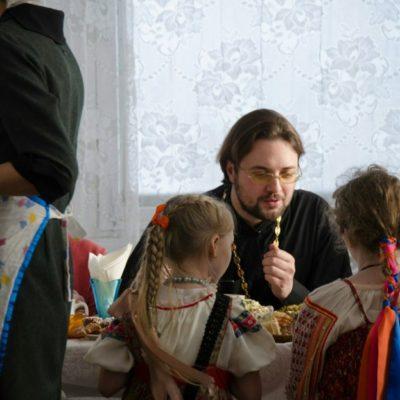 Знакомясь с православием