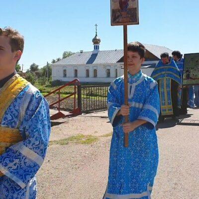Под предводительством Пресвятой Богородицы. Село Билярск Республики Татарстан в условиях пандемии